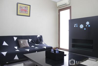 Strategic & Cozy 2BR at Majesty Apartment near Maranatha Christian University By Travelio