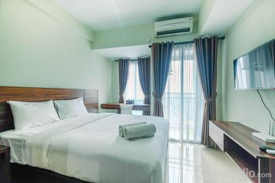 Homey and Comfy Studio Apartment @ Grand Dhika City By Travelio