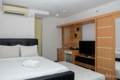 Fully Furnished with Cozy Design Studio Bassura City Apartment By Travelio