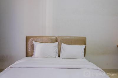 Comfortable Studio Apartment at Serpong Greenview By Travelio