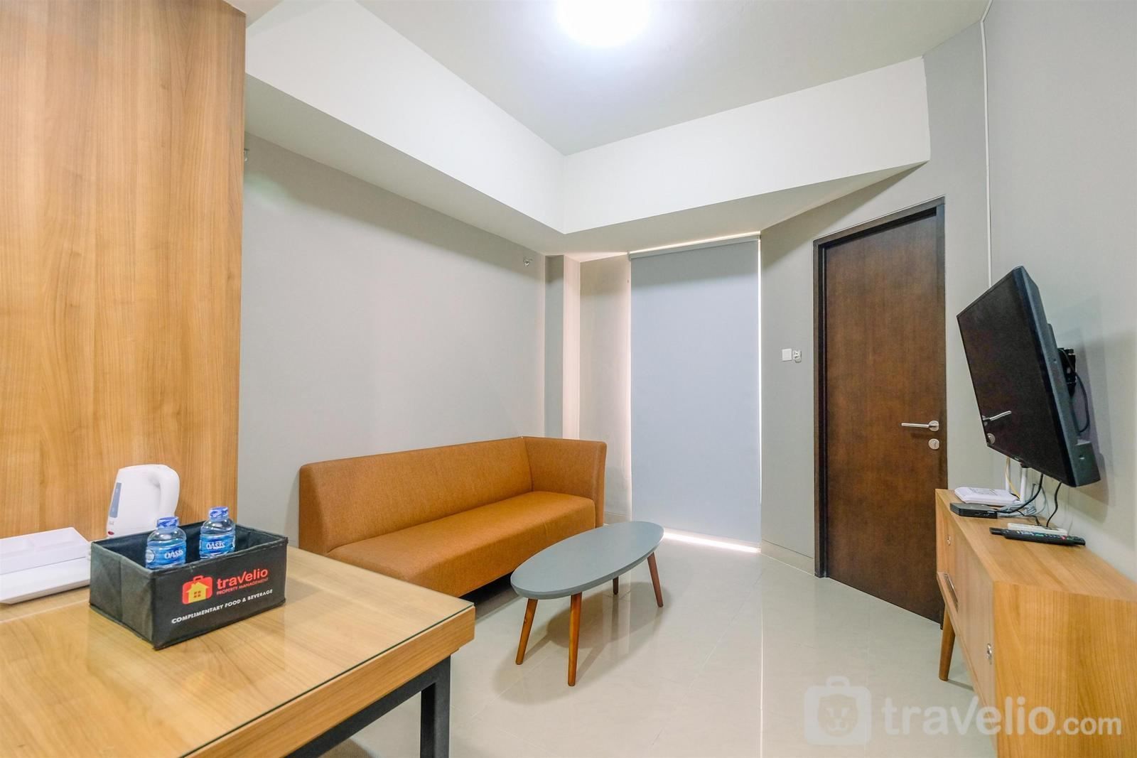 Apartemen Mustika Golf Residence - Chic and Cozy 1BR Apartment at Mustika Golf Residence By Travelio