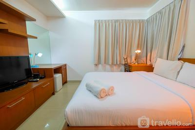 Relaxing 1BR Sahid Sudirman Apartment By Travelio