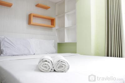 Stylish & Well Appointed Studio at Jarrdin Cihampelas Apartment By Travelio