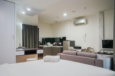 Compact and Cozy Studio at Brooklyn Alam Sutera Apartment By Travelio