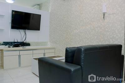 Chic and Cozy 2BR Apartment at Pasar Baru Mansion By Travelio