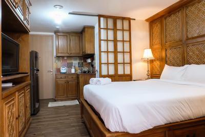 Classic Studio Apartment Connecting To Bassura City By Travelio