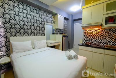 Furnished Studio Green Pramuka City Apartment By Travelio