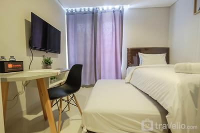 Minimalist Studio Apartment @ Taman Anggrek Residence By Travelio
