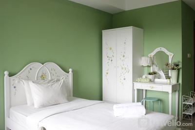 Stylish & Comfortable Studio at Beverly Dago Apartment By Travelio