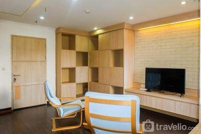 Spacious 1BR for 5 Pax at Maple Park Apartment By Travelio