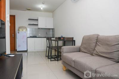 Chic and Cozy 1BR Apartment at Green Bay Condominium By Travelio
