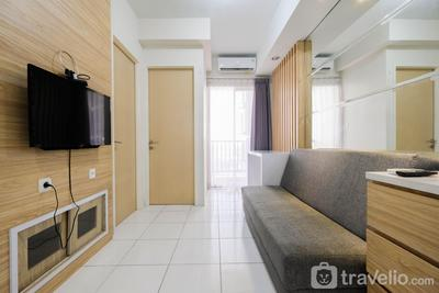 Homey 2BR Ayodhya Residence Apartment By Travelio