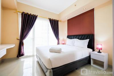 Bright and Stylish 1BR The Oasis Apartment Cikarang By Travelio