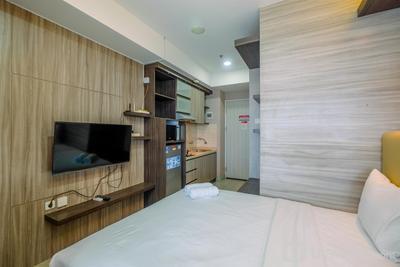 Comfortable Studio Room at Grand Kamala Lagoon Apartment By Travelio