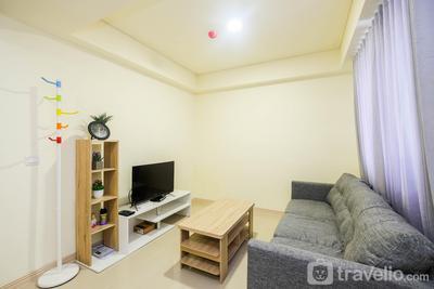 Modern 2BR Room at Meikarta Apartment By Travelio
