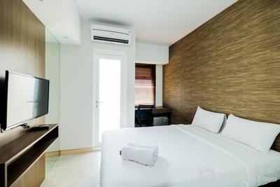 Cozy Studio Apartment at Springlake Summarecon Bekasi By Travelio