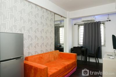 2BR near Toll Soeta Airport at City Park Apartment By Travelio