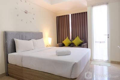 Best Price Studio Menteng Park Apartment By Travelio