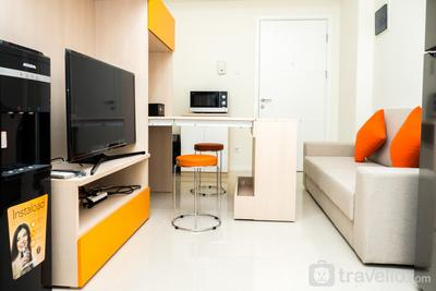 Relaxing 2BR Apartment at Parahyangan Residence By Travelio