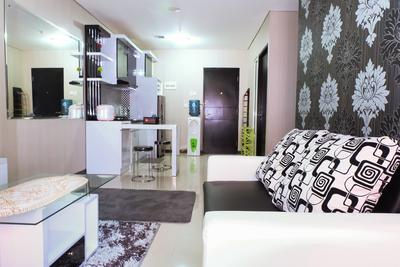 2 BR Nifarro Park Apartment Near Kemang And Kalibata By Travelio