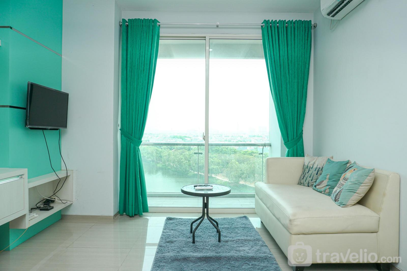 Apartemen CitraLake Suites - Spacious 2BR with Pool View at CitraLake Suite Apartment By Travelio