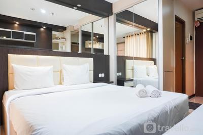 Cozy and Contemporary Studio Tifolia Apartment By Travelio