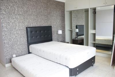 Bright And Spacious Room At Sudirman Mansion Apartment