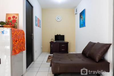 Simply Minimalist 2BR Pancoran Riverside Apartment By Travelio