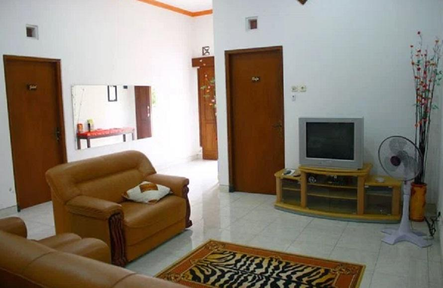 Simply Homy Guest House Monjali 1 - 3 Bedroom