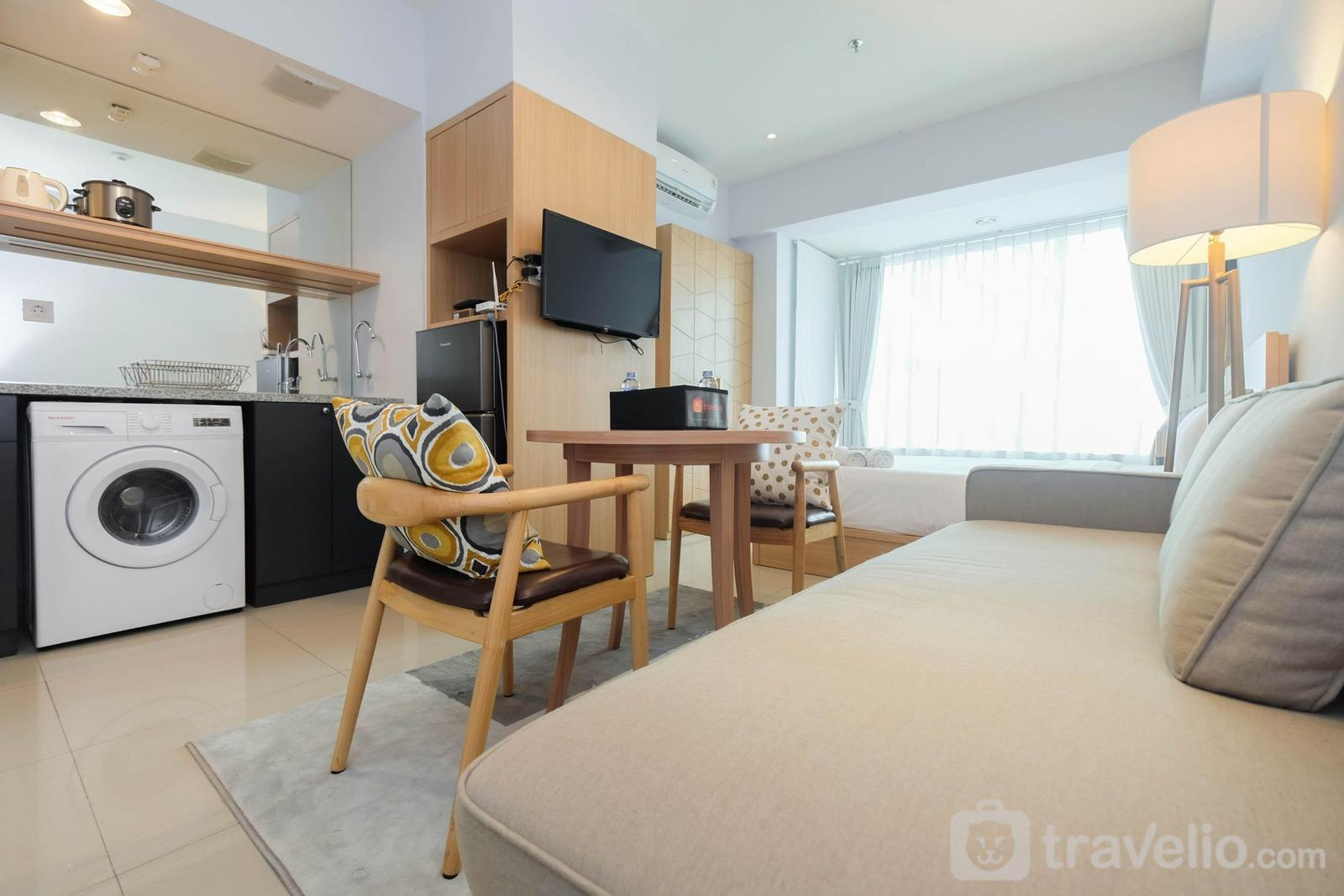 Grand Kamala Lagoon - Modern and Spacious Studio Grand Kamala Lagoon Apartment By Travelio