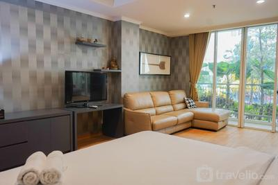 Spacious Studio with Sofa Bed @ Ancol Mansion Apartment By Travelio