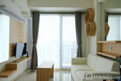 Compact 1BR at Tree Park Apartment By Travelio