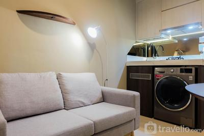 1BR Fully Furnished Apartment at Green Pramuka By Travelio