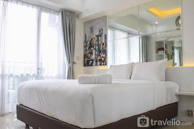 Fabulous Studio Ambassade Apartment By Travelio