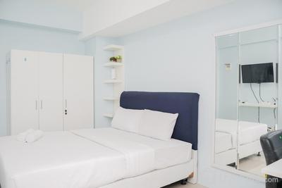 Roomy Studio Room Bintaro Park View Apartment By Travelio