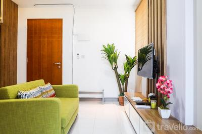 Deluxe 2BR Apartment at East Coast Residence By Travelio