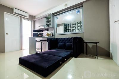 Modern and Comfort 2BR Bassura City Apartment By Travelio