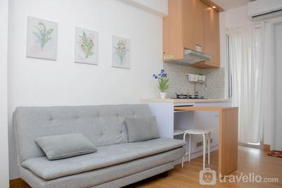 Gorgeous and Cozy 2BR at Bassura City Apartment By Travelio