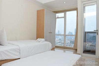 Stunning and Comfy Studio at Menteng Park Apartment By Travelio