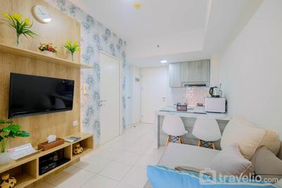 Modern and Comfortable 2BR Springlake Summarecon Bekasi Apartment By Travelio