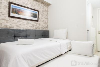 Comfy Studio at The Springlake Summarecon Bekasi Apartment By Travelio