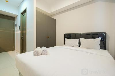 Simply Furnished Studio Apartment at Taman Anggrek Residence By Travelio