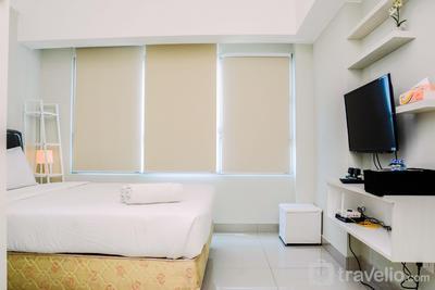 Relax Studio Apartment @ Springlake Summarecon Bekasi By Travelio
