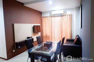 Cozy and Spacious 2BR Apartment at Thamrin Residence near to Sudirman By Travelio