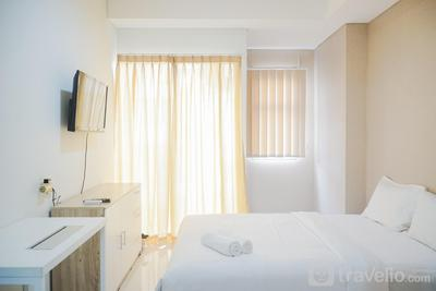 Cozy Room Studio Springwood Tangerang Apartment By Travelio