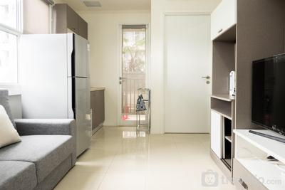 Stylish 2BR Apartment at Parahyangan Residence By Travelio