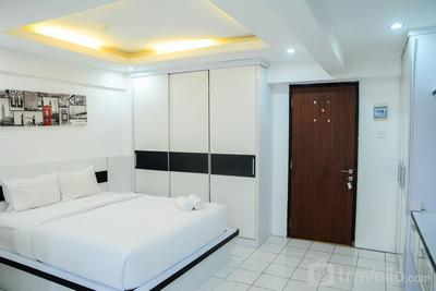 Comfort Studio Kebagusan City Apartment By Travelio