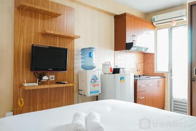 Comfy Studio Room @ Kalibata City Apartment By Travelio