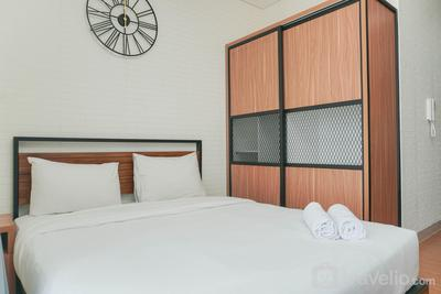 Fully Furnished and Comfortable Studio at Ciputra International Apartment By Travelio