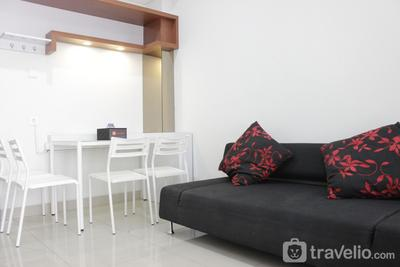 Pleasant 1BR Apartment with Sofa Bed at Dago Suites By Travelio